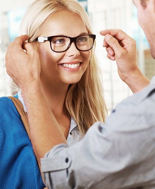 die brille sorgt für gesundes Sehen.